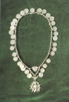 Die Königskette mit den Plaketten der Könige von 1899 bis 1939