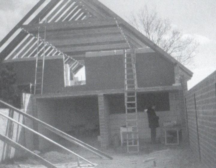 Neubau Sporthaus